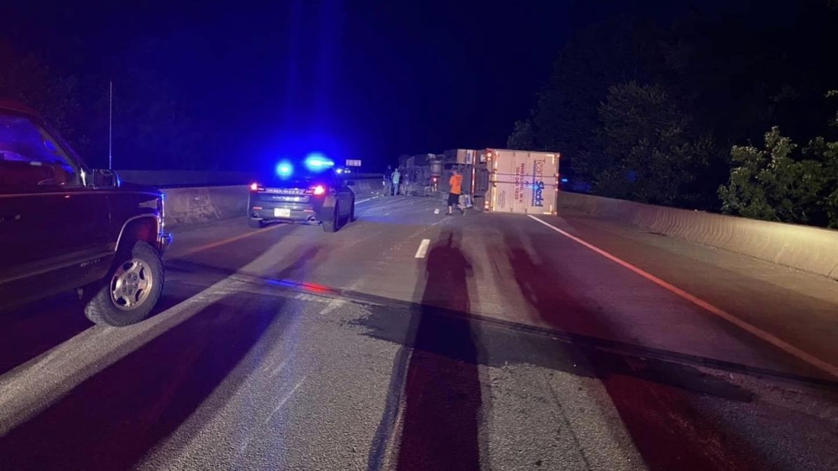 A tractor trailer crash on I-79 southbound has caused traffic backups across our area