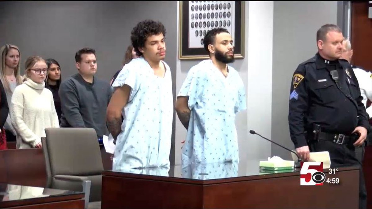 Terrell Linear (left) and Shaundarius Reeder (right) were charged with first degree murder.