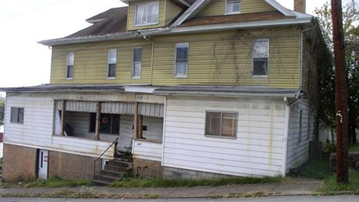 Fairmont company gives new life to old homes